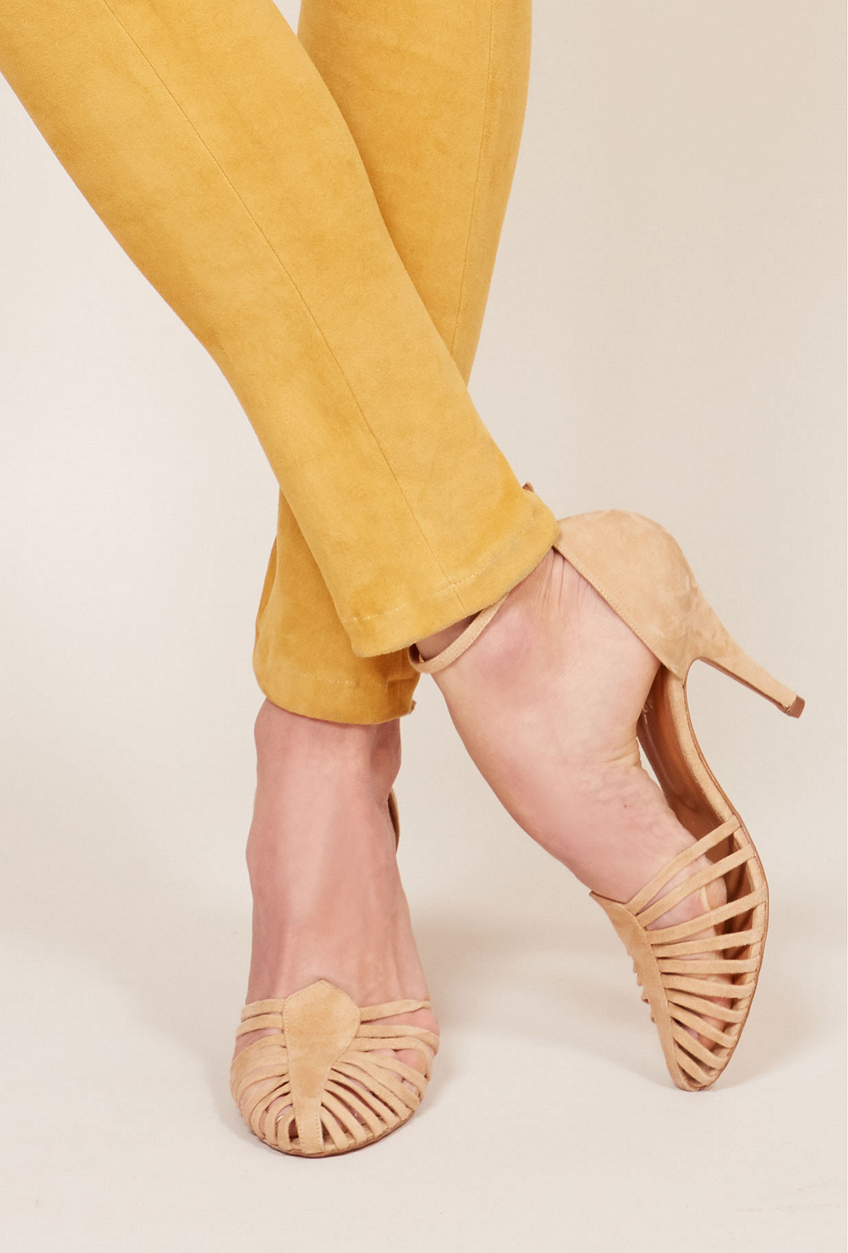 Suede  Pumps  Venitiennes Mes demoiselles fashion clothes designer Paris