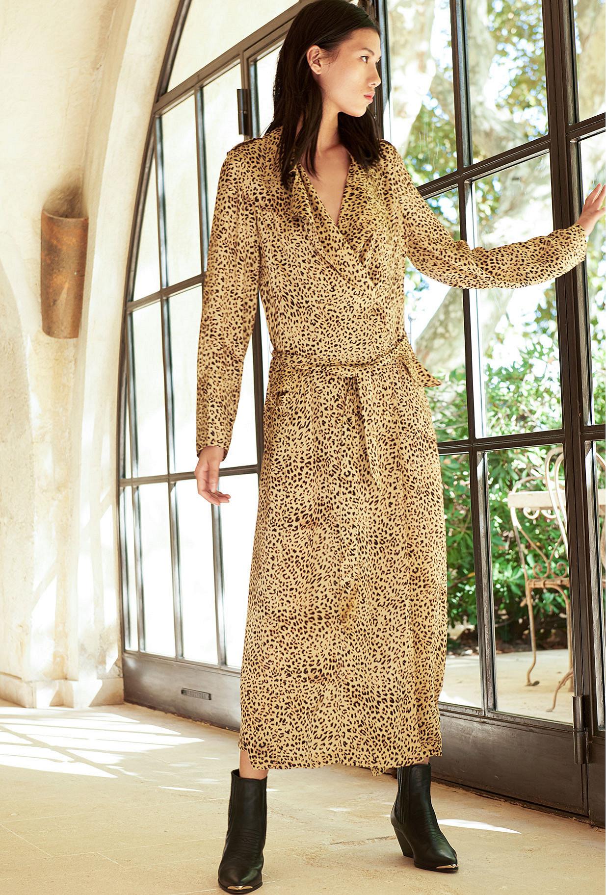 Paris clothes store Manteau  Rosita french designer fashion Paris