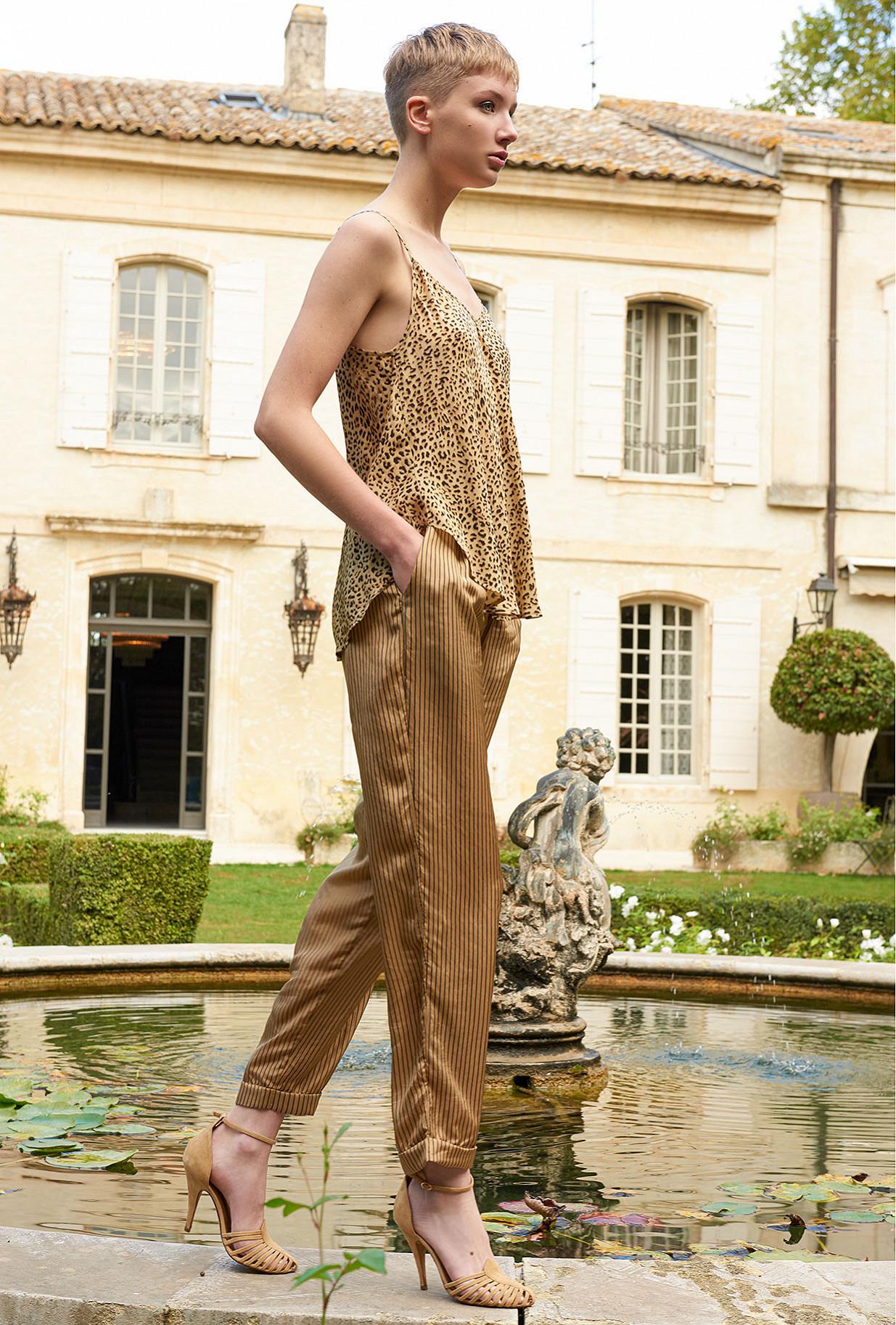 women clothes Top  Rosette