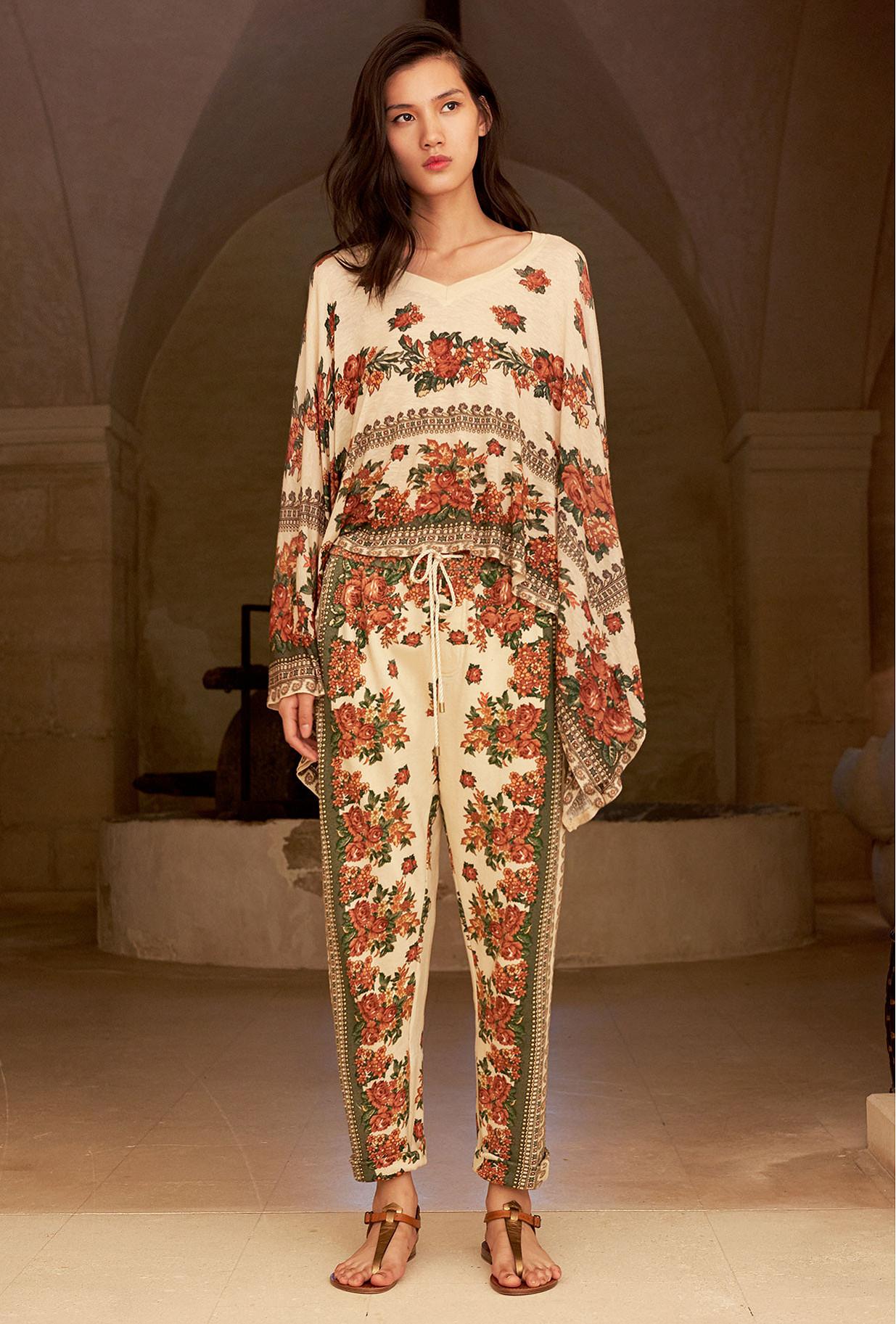 Kimonos & Ponchos Imprimé fleuri  Kiki mes demoiselles paris vêtement femme paris