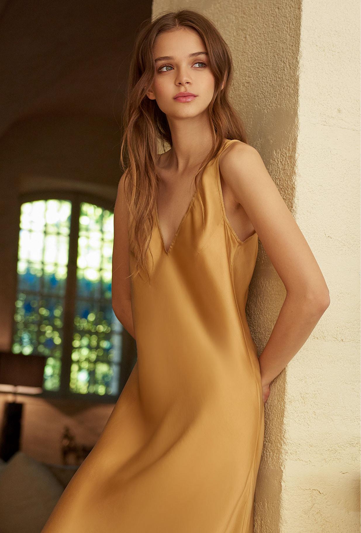 Gold Dress Lovamour