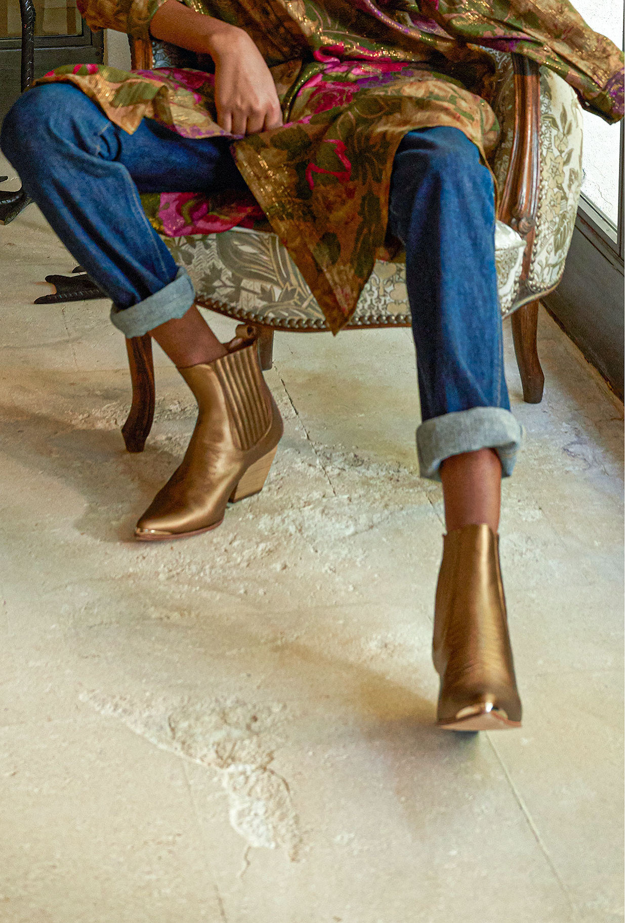 Bronze Boots Les Calamitys