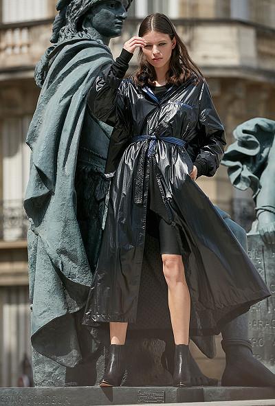 Black blue  Coat  Churchill Mes demoiselles fashion clothes designer Paris