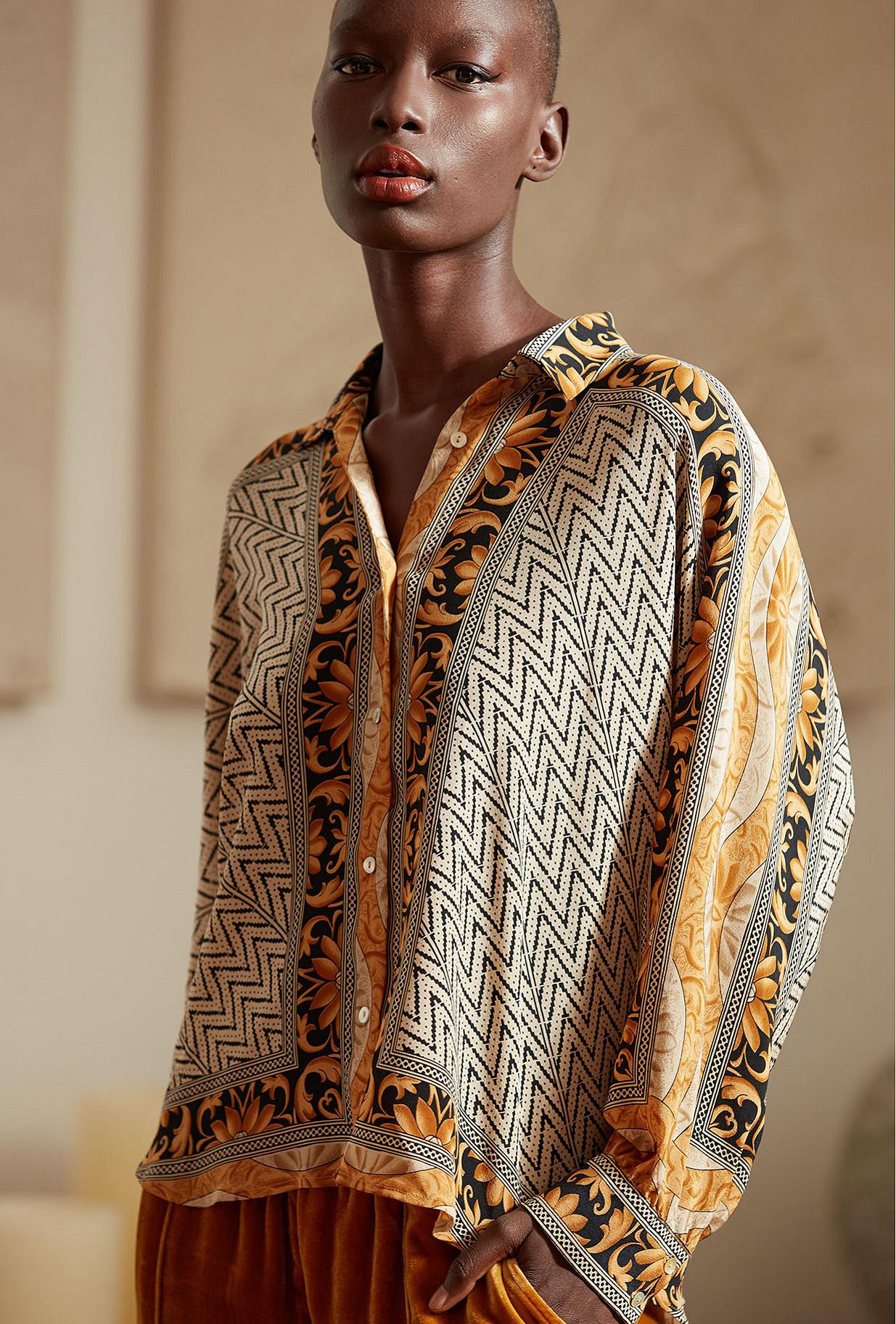 Shirt Shallow Mes Demoiselles color Gold print