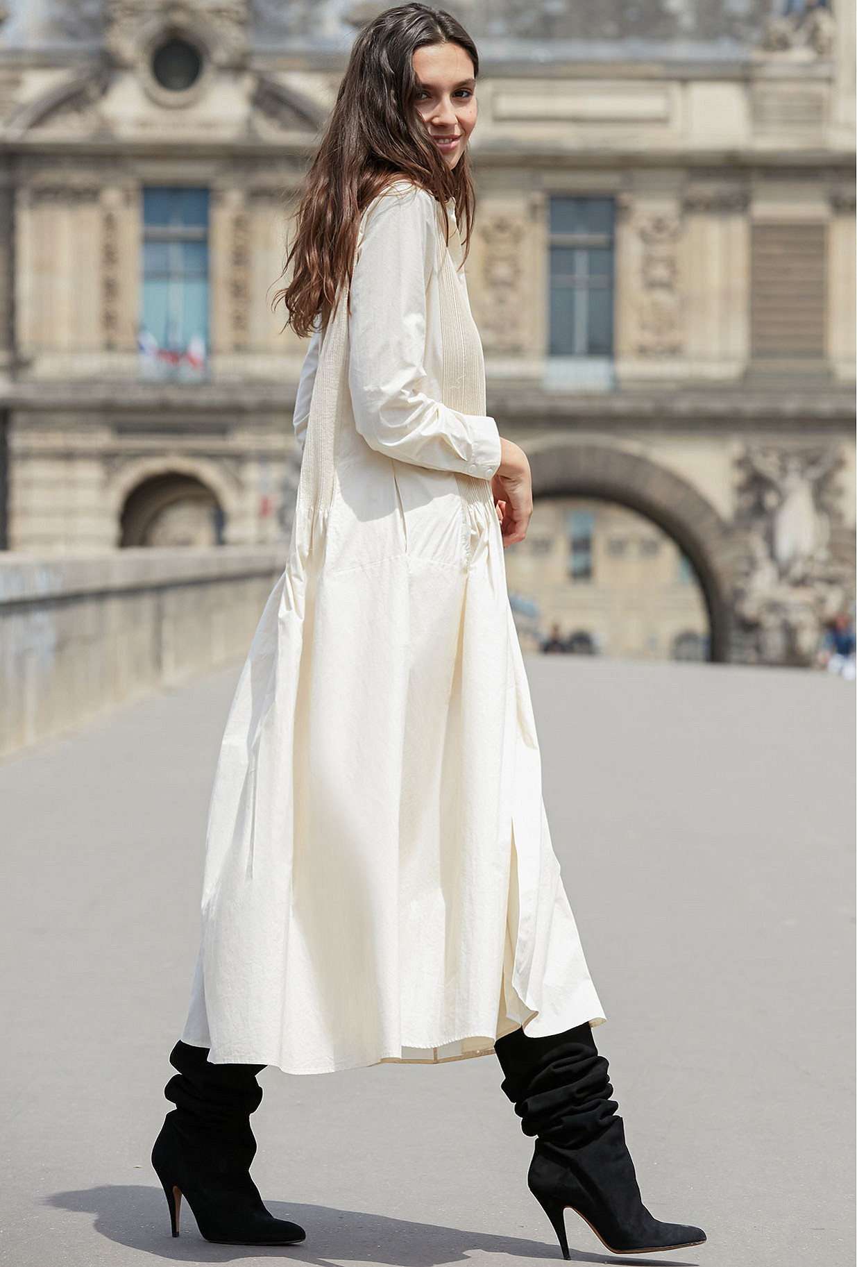 - Milk -  Dress Cauda