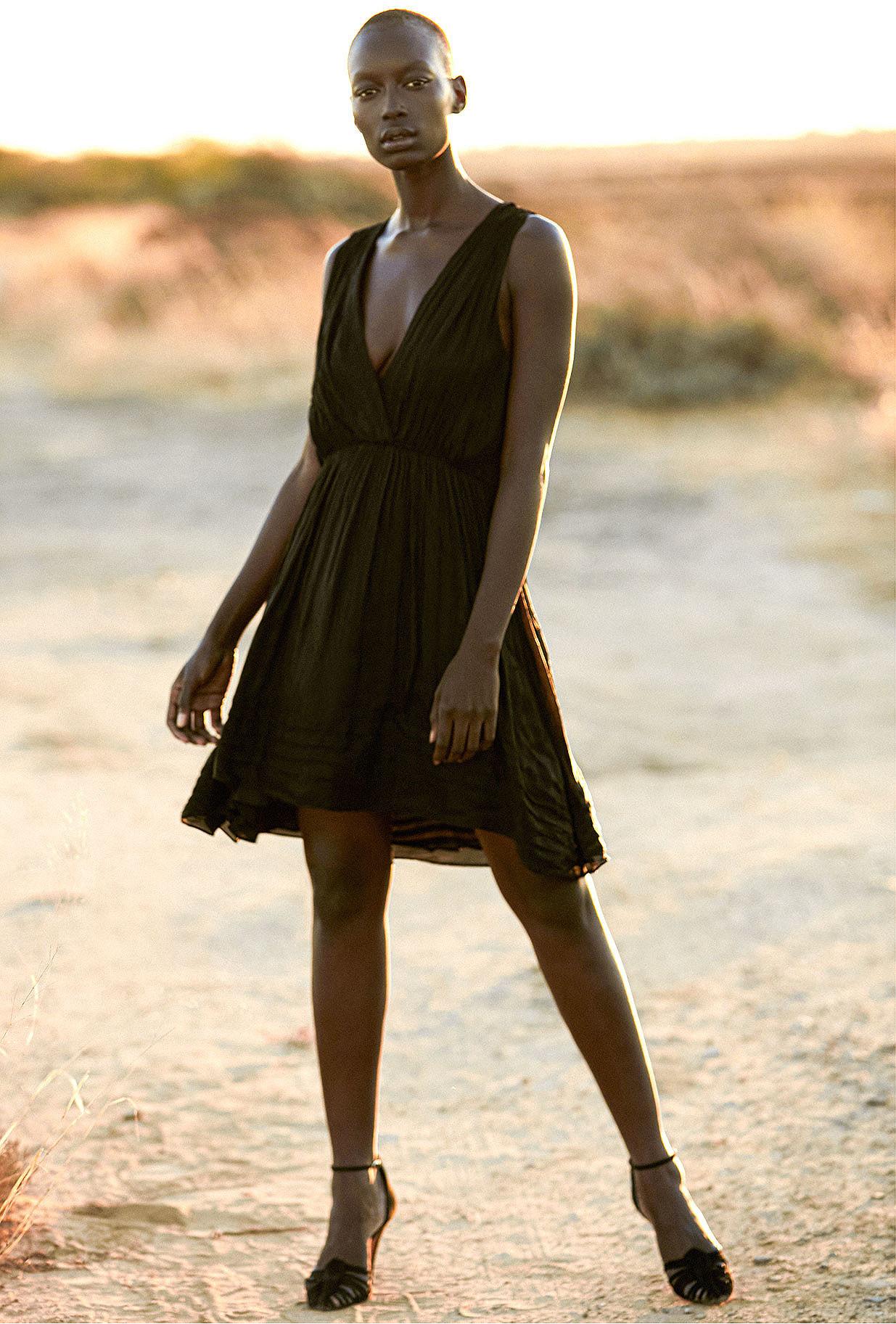 Dress Beyond Mes Demoiselles color Black