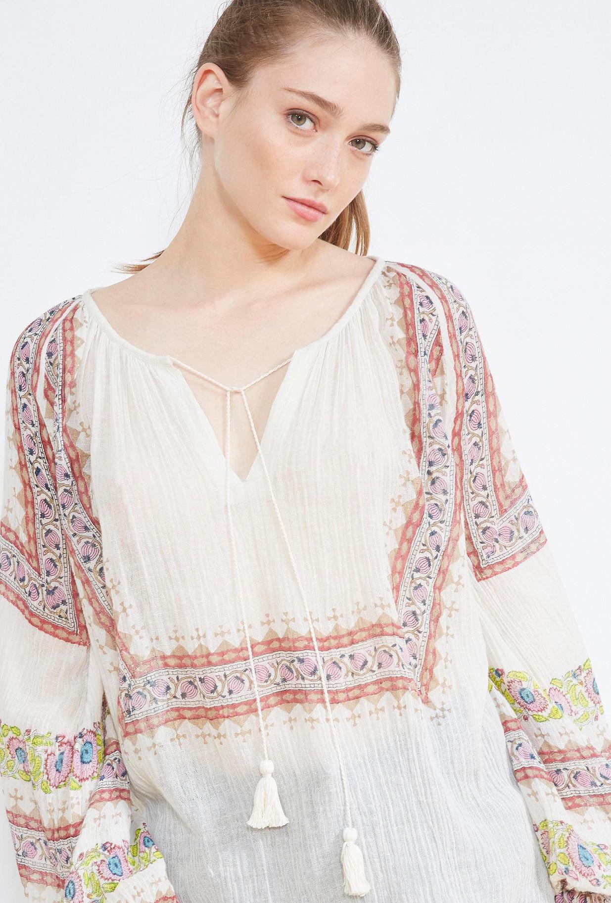 negozio di abbigliamento BLUSA Sheela Paris
