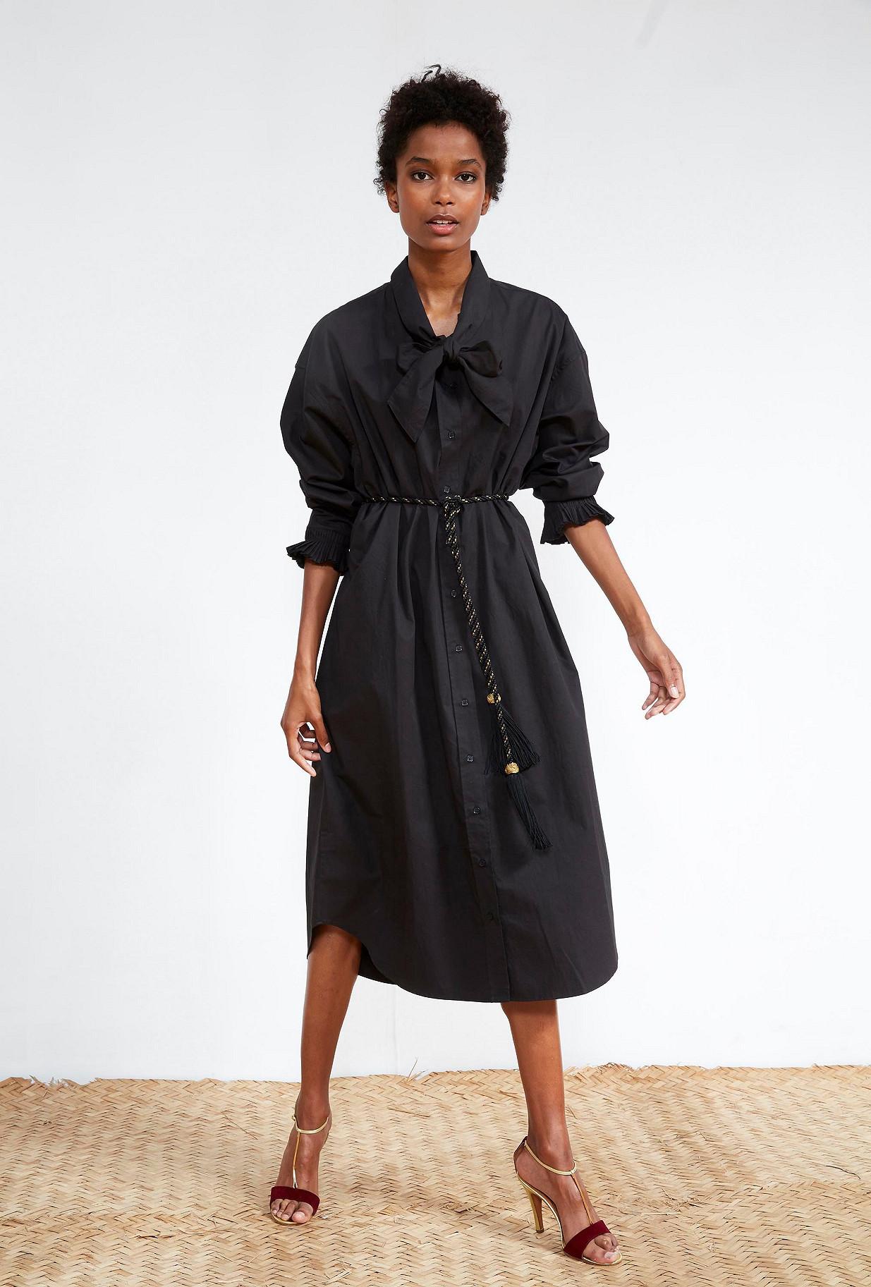 Black SHIRT Avicenne
