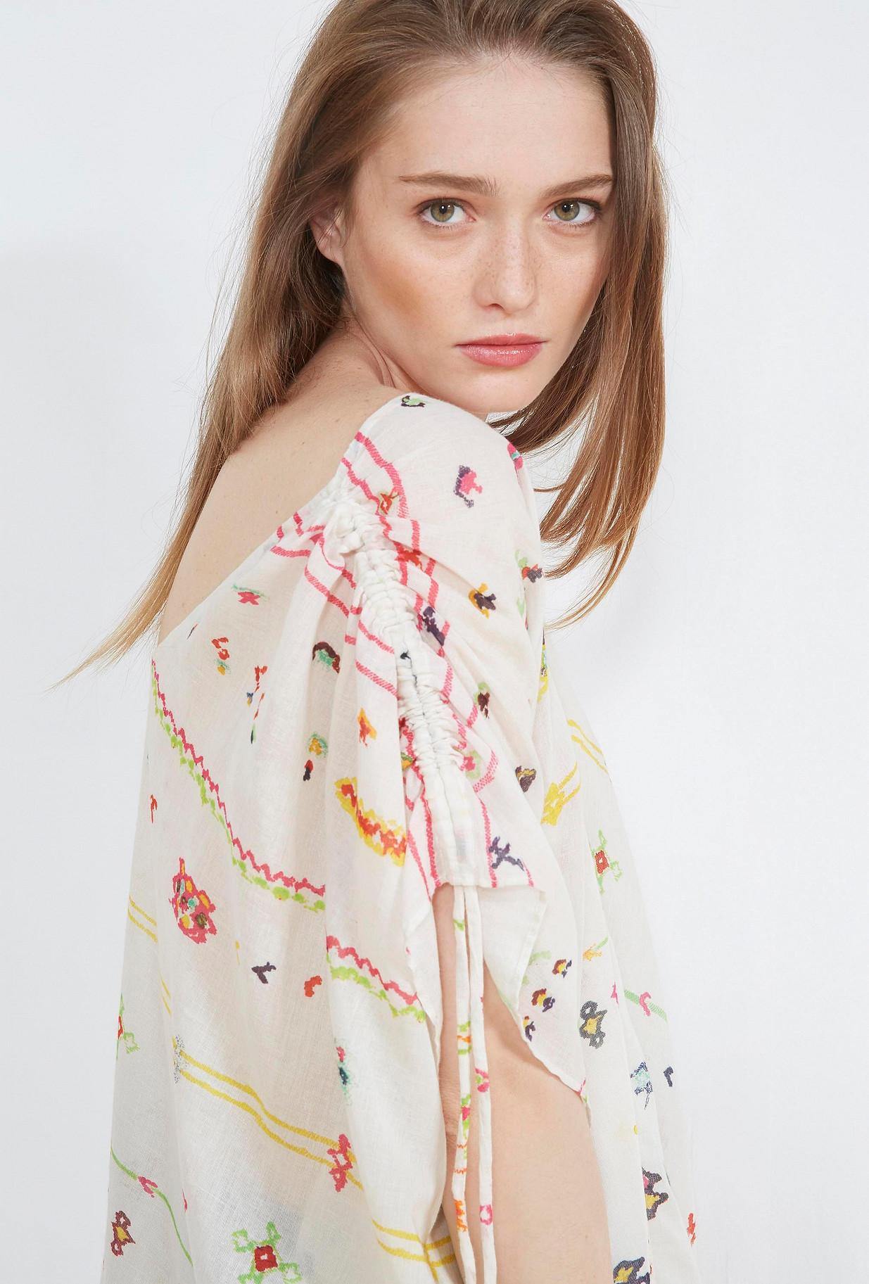 Floral print  PONCHO  Salah Mes demoiselles fashion clothes designer Paris
