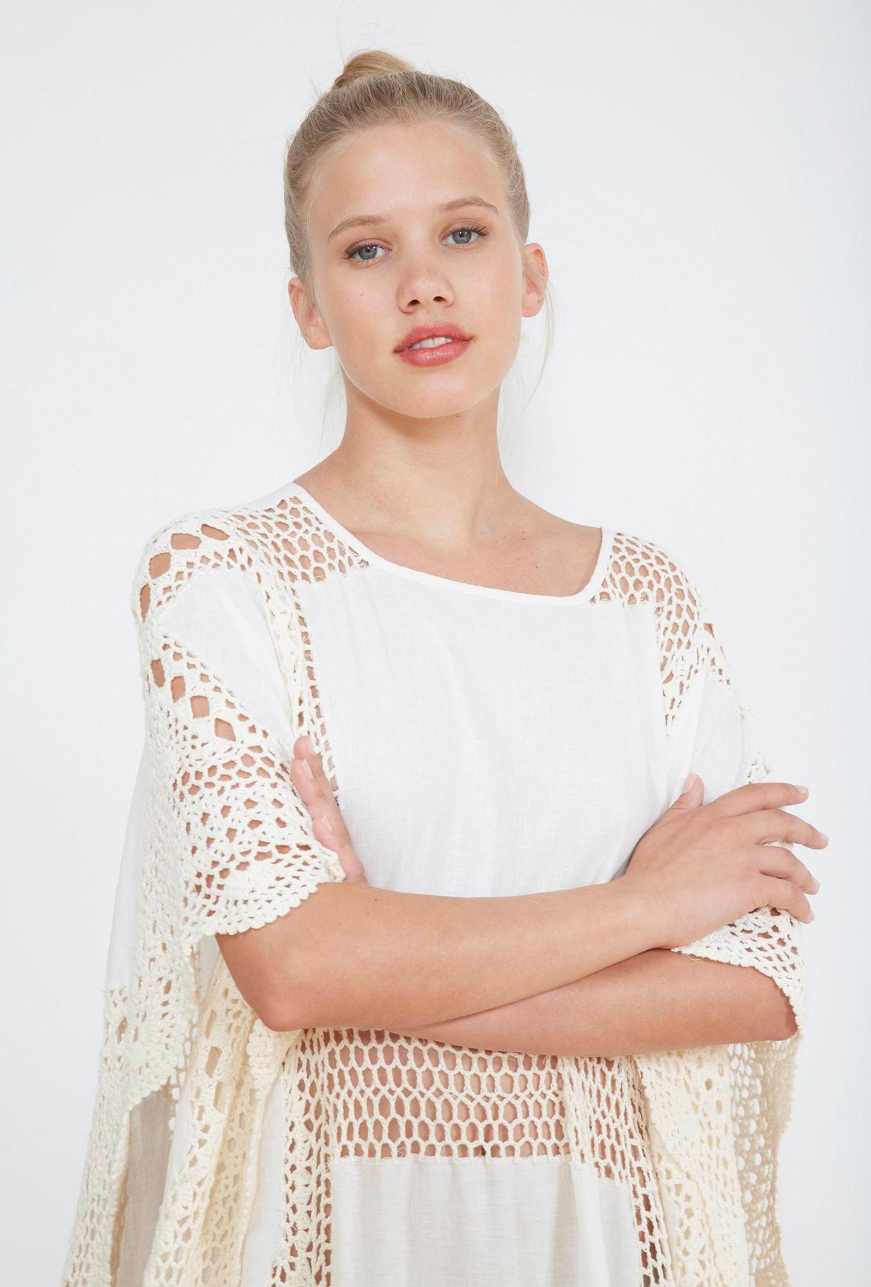 Ecru  PONCHO  Bovary Mes demoiselles fashion clothes designer Paris