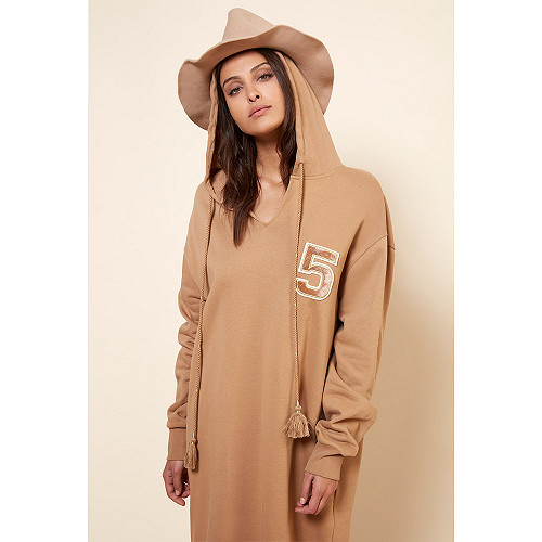 Camel Sweater Coco