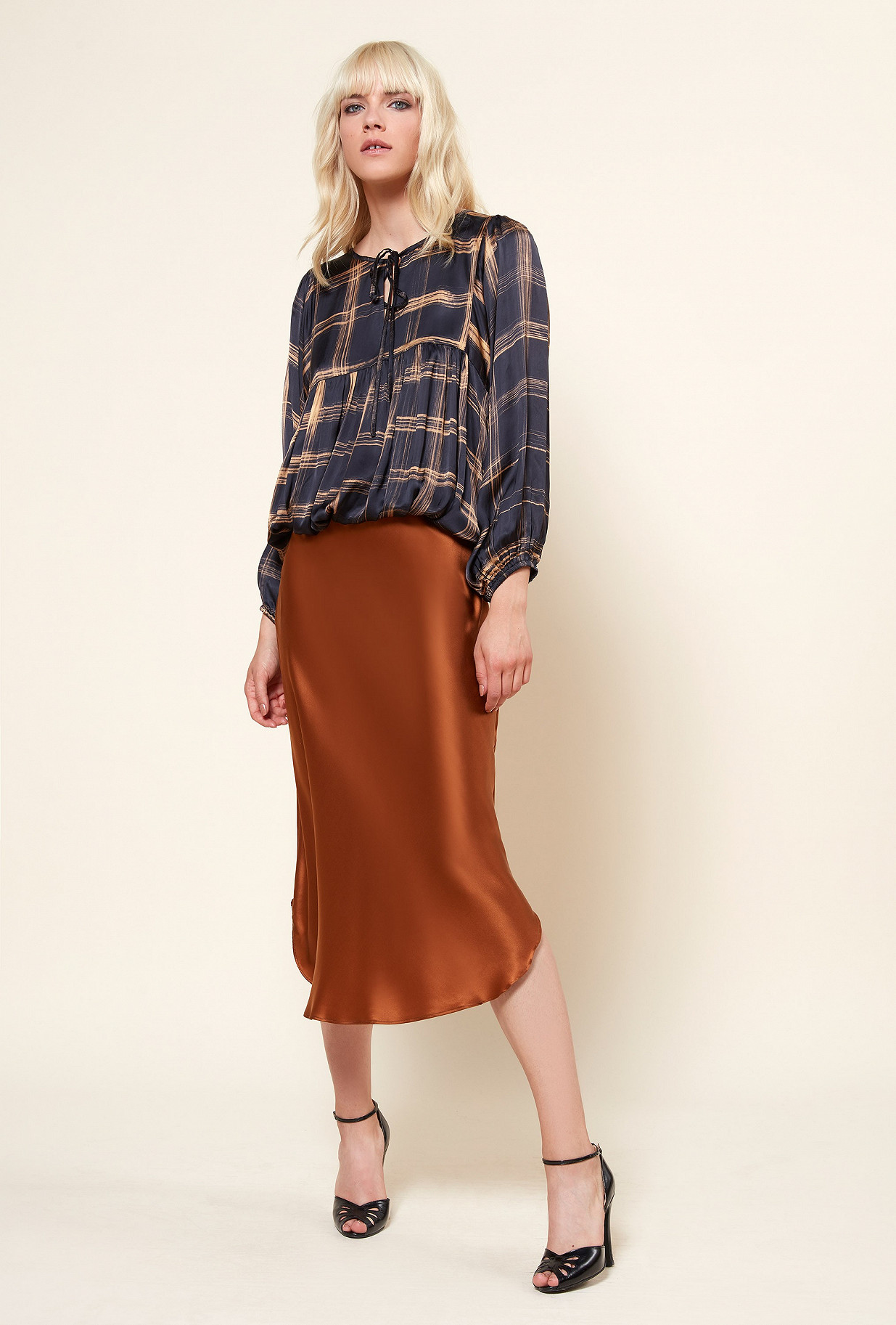 Paris clothes store Blouse  Gallieni french designer fashion Paris
