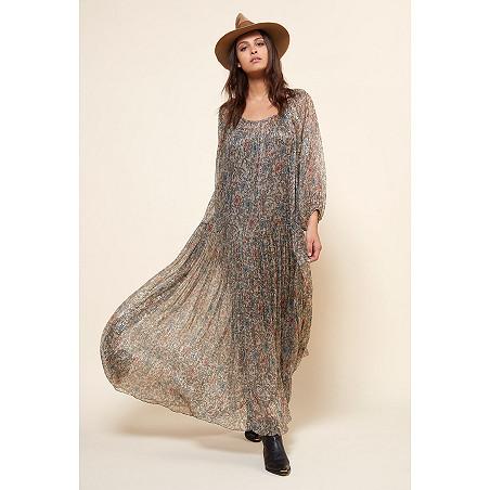 clothes store ROBE  Greta french designer fashion Paris