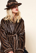 clothes store MANTEAU  Maroon french designer fashion Paris