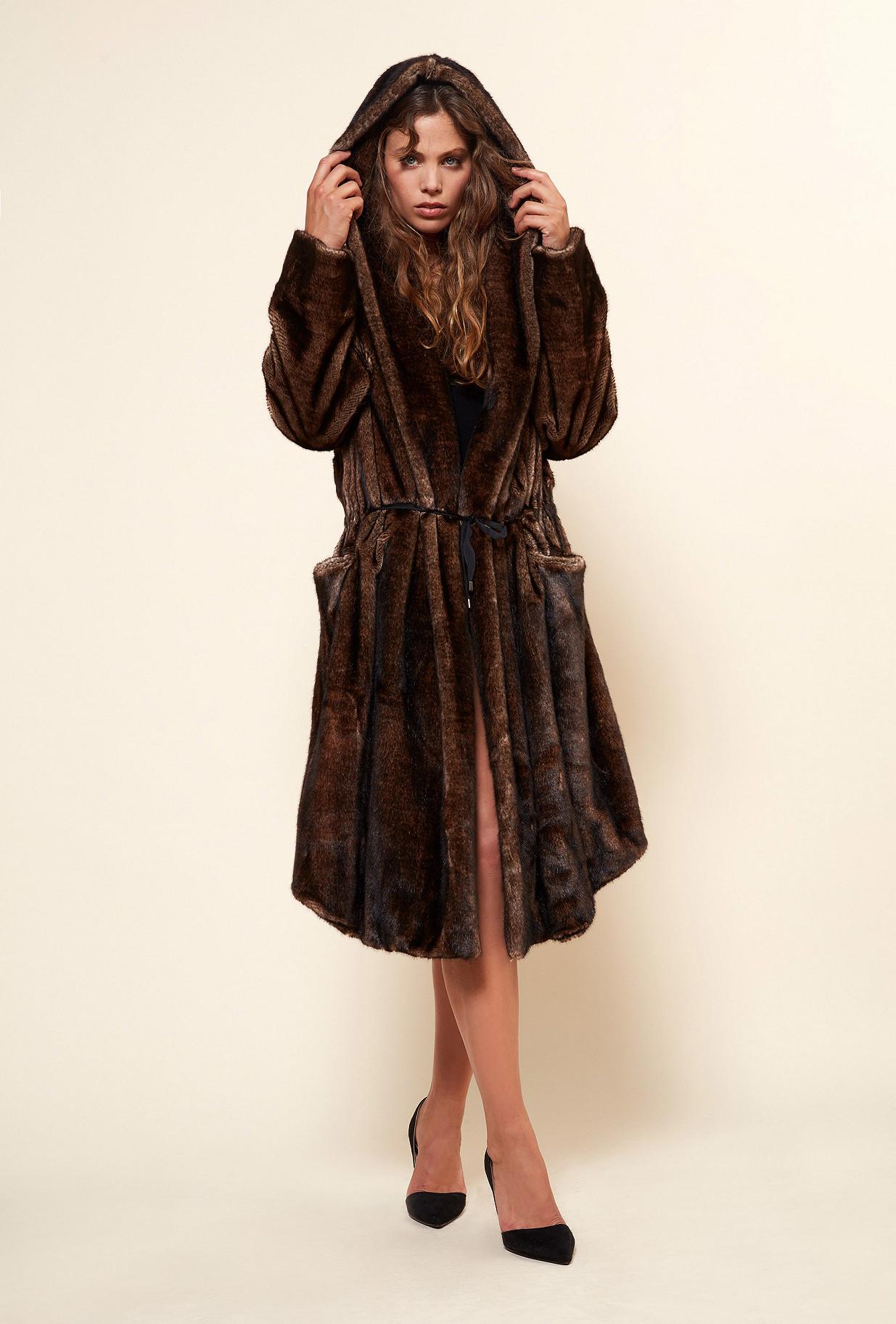 Paris boutique de mode vêtement MANTEAU créateur bohème  Mahogany