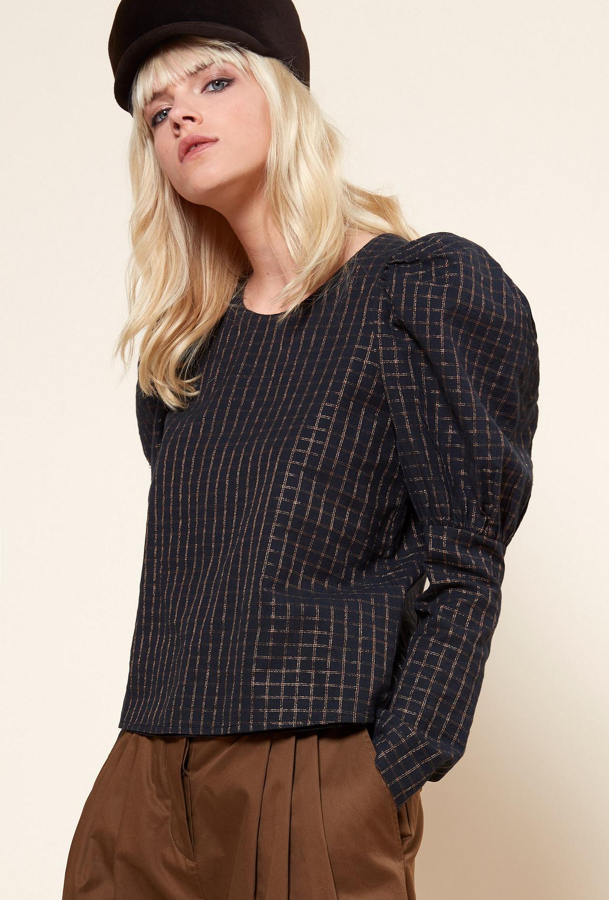 Paris boutique de mode vêtement TOP créateur bohème  Solveig