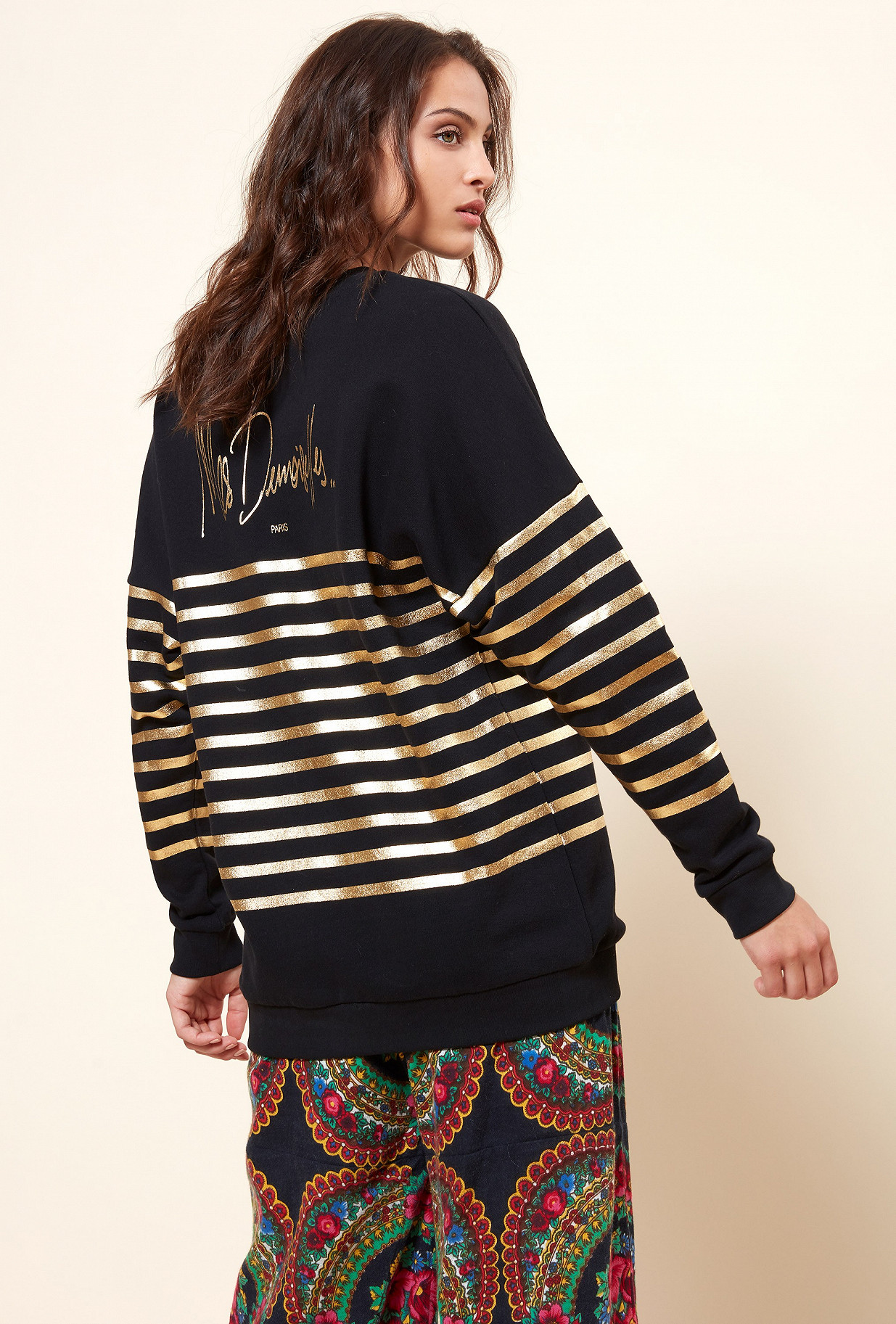 Black Sweater Cambon