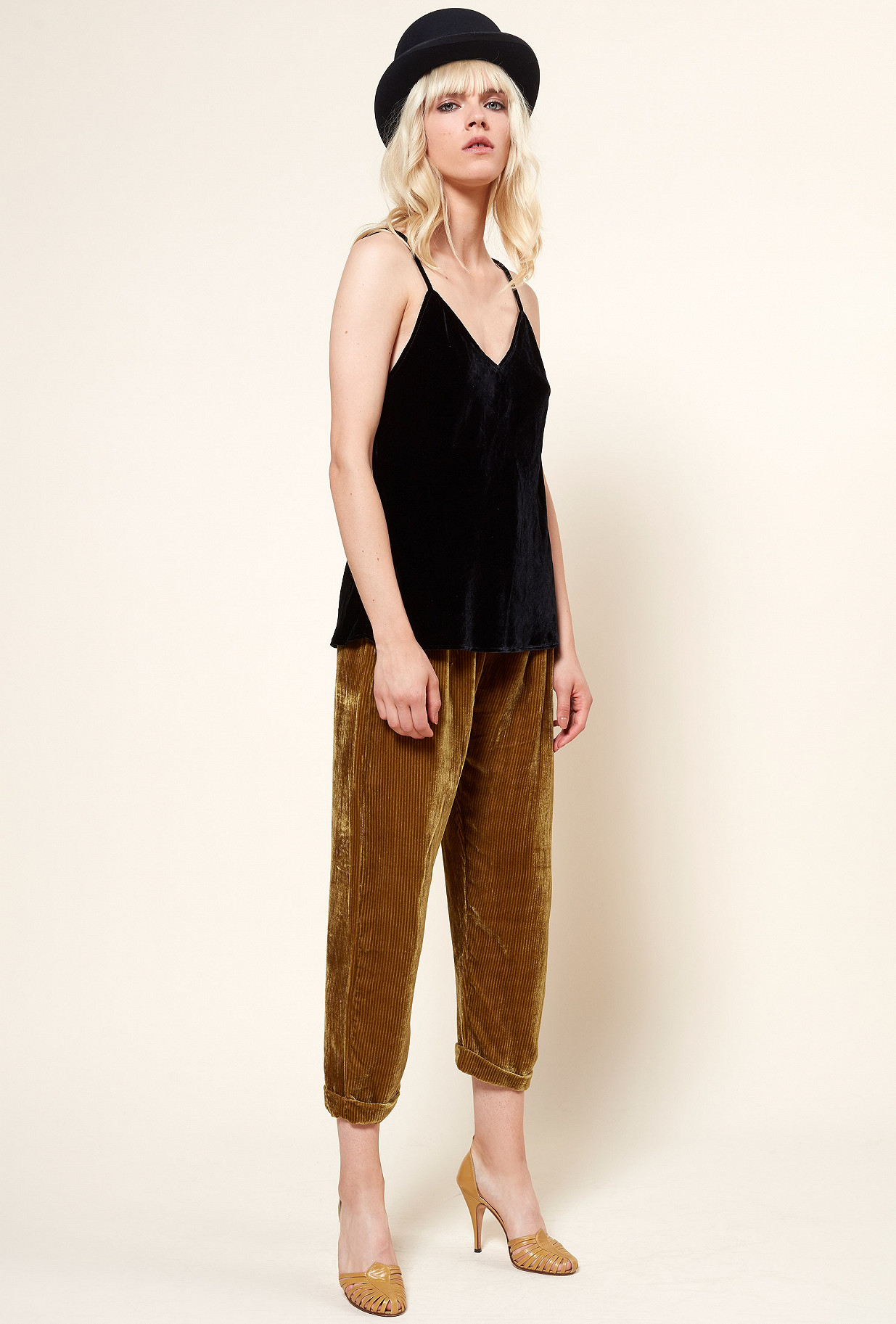 Paris boutique de mode vêtement TOP créateur bohème  Mariza