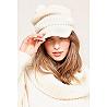 Paris boutique de mode vêtement Bonnet créateur bohème  Wolf