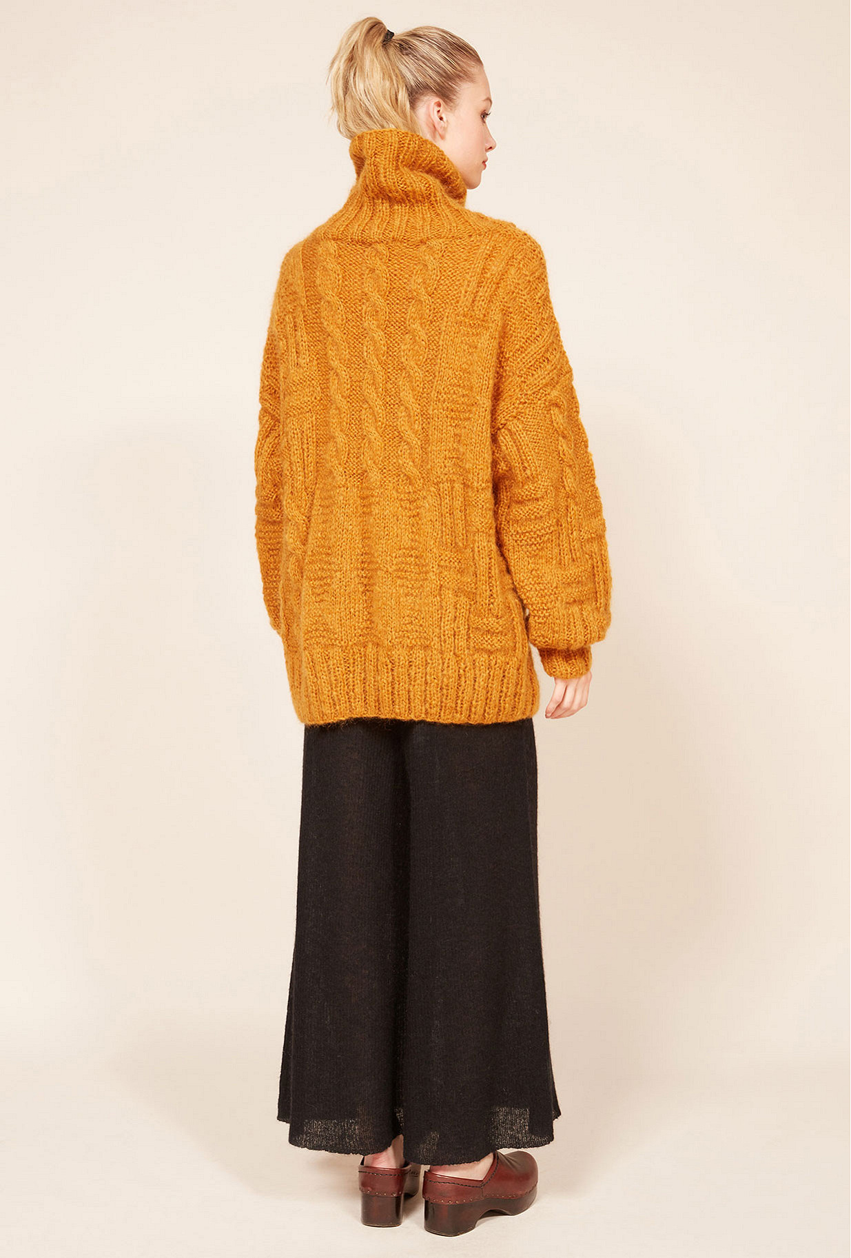 Paris boutique de mode vêtement Pull créateur bohème  Collie