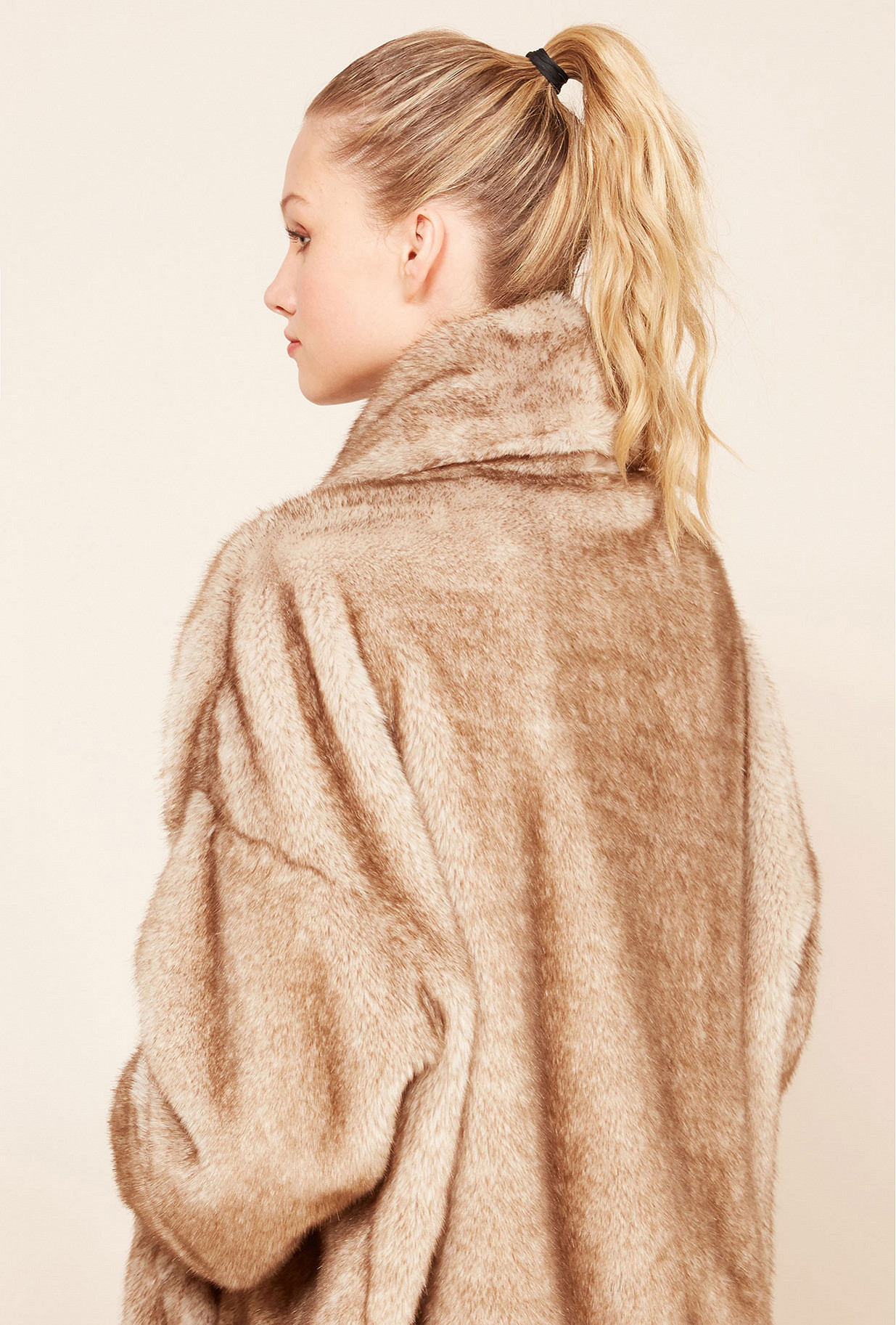 Paris boutique de mode vêtement Manteau créateur bohème  Cheldon