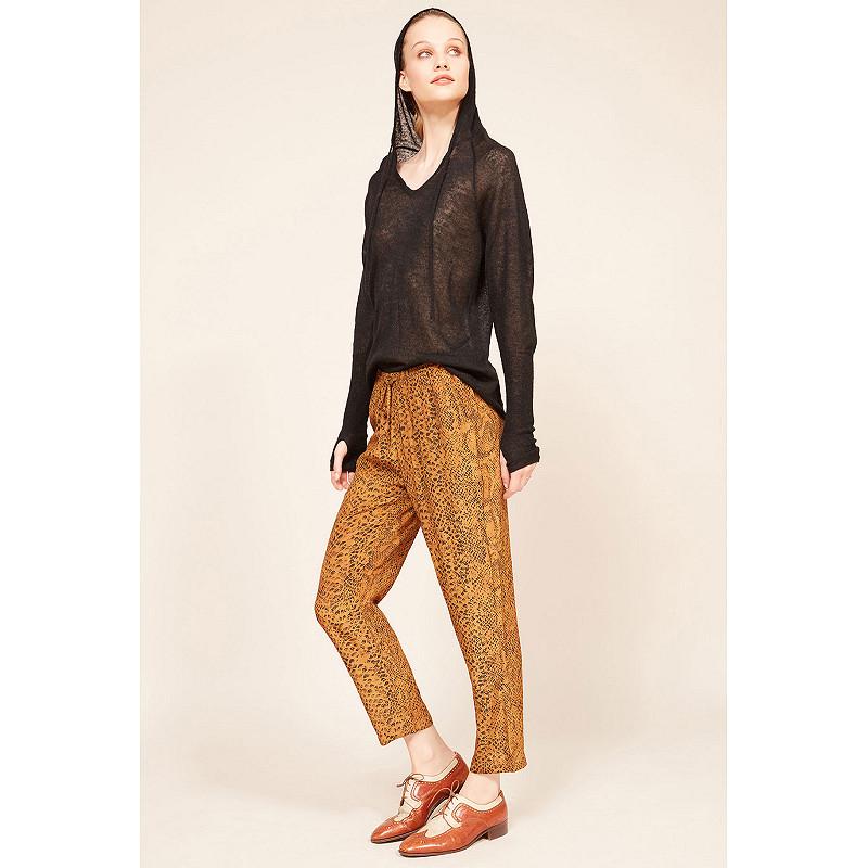 Paris clothes store pant  Kung french designer fashion Paris
