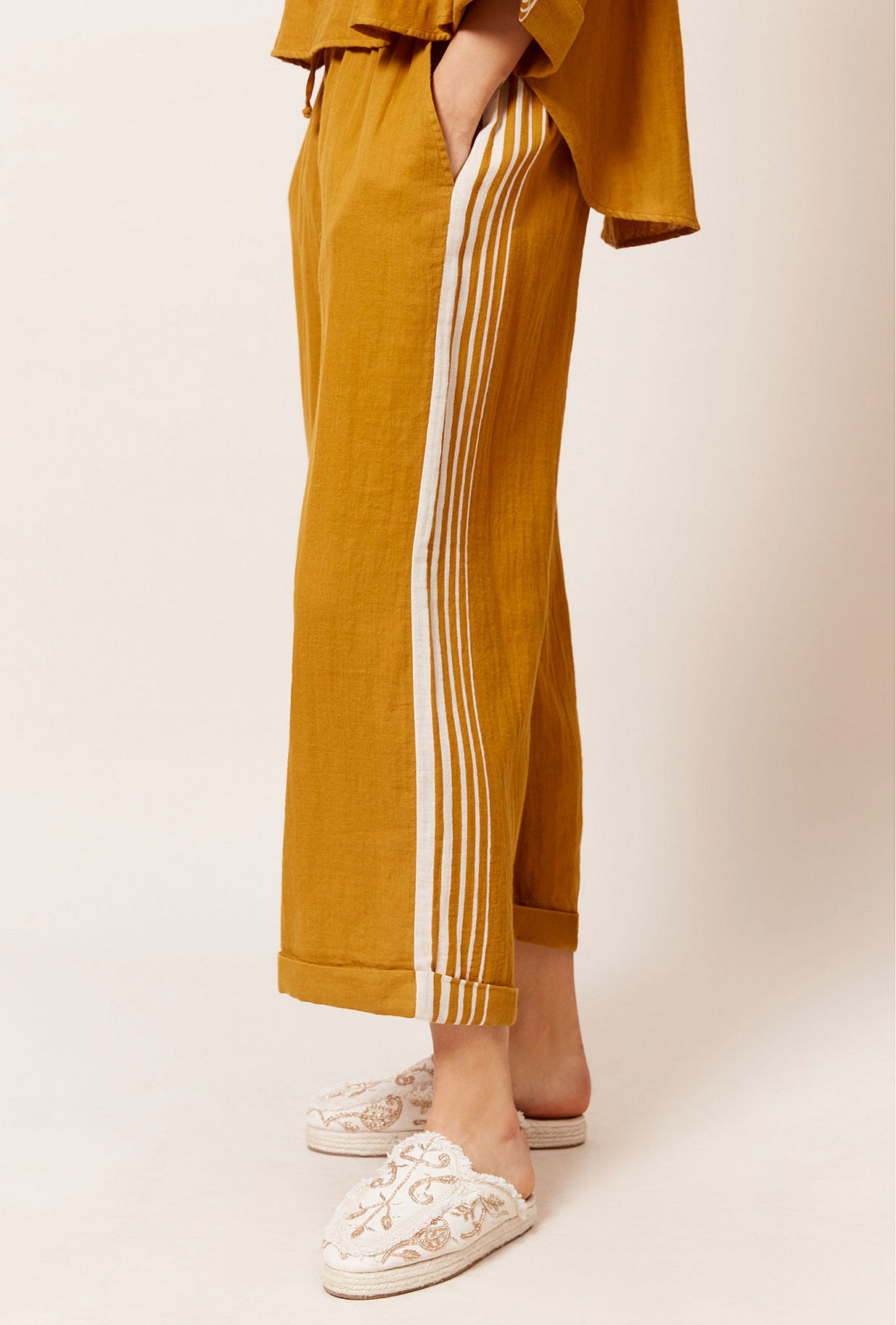 Paris boutique de mode vêtement Pantalon créateur bohème  Adidaney