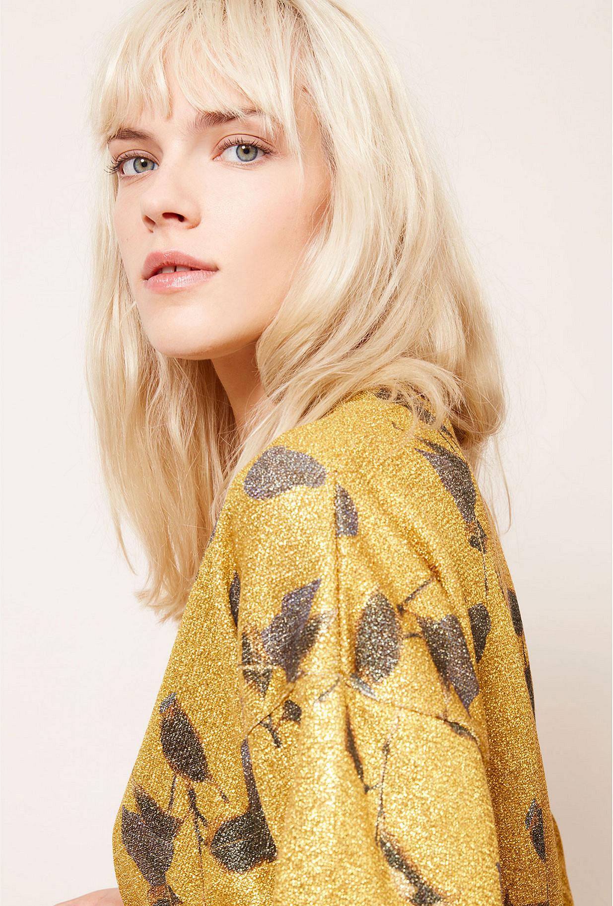 Gold Kimono Grimmy