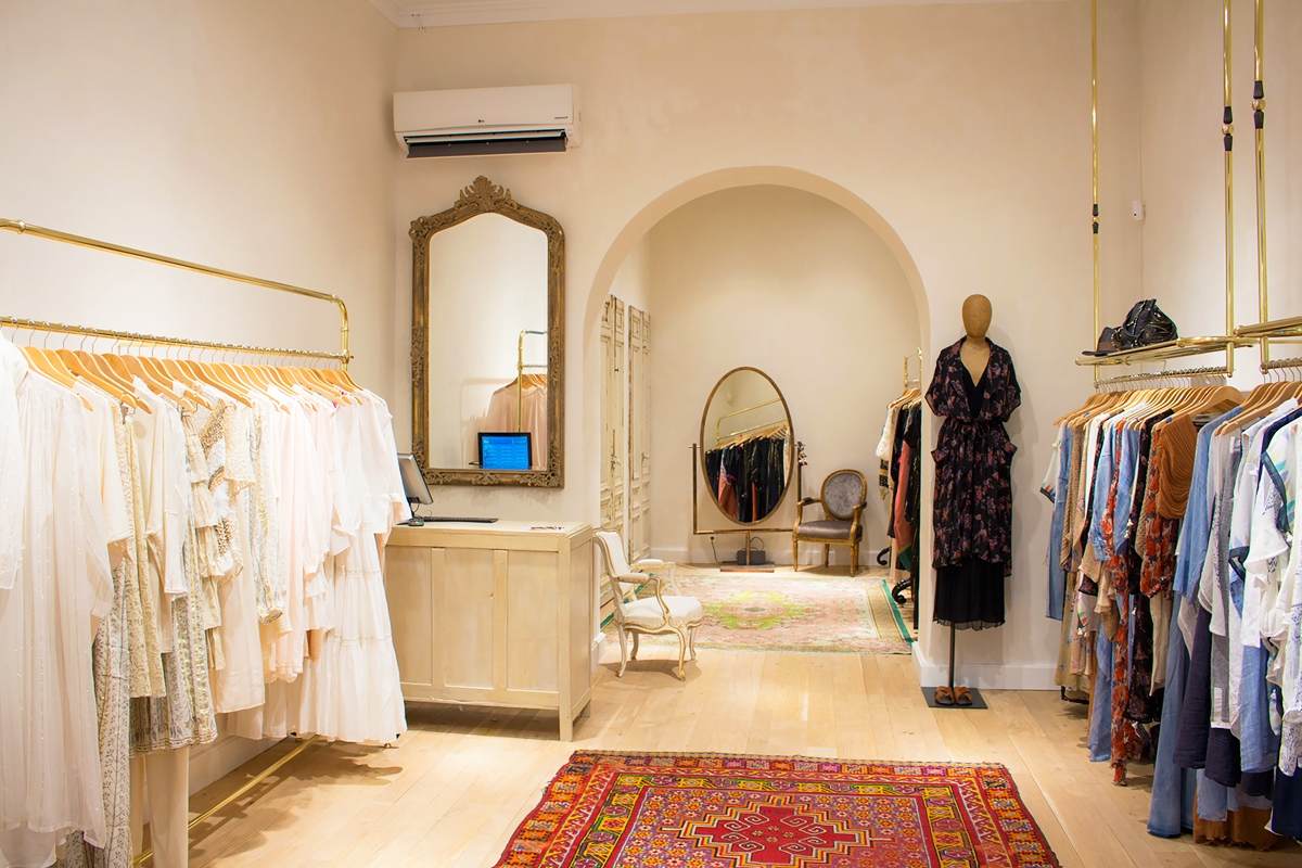 Store designer fashion paris mesdemoiselles Cannes